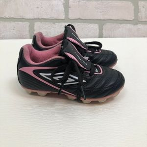 Umbro Girls Youth Toddler Soccer Cleats Size 8
